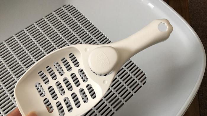 ニャンとも清潔トイレのスコップ(Amazon限定のホワイトカラー)