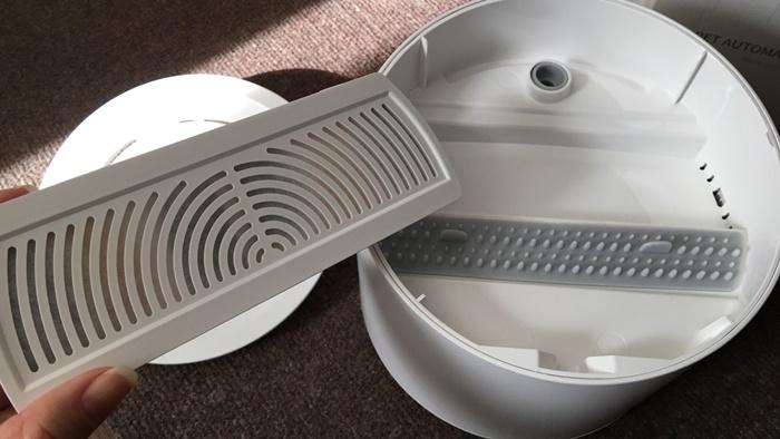 自動給水器ペッツリーの内部構造・フィルター